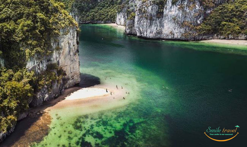 Ba Trai Dao- Three Peach Island | Halong Bay