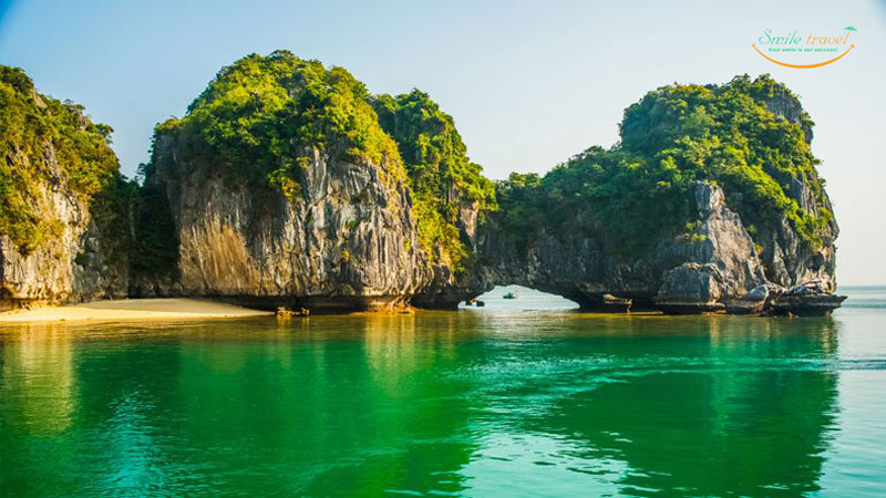 Ba Trai Dao- Three Peach Island | Halong Bay