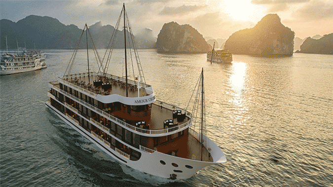 amour cruise-smiletravel