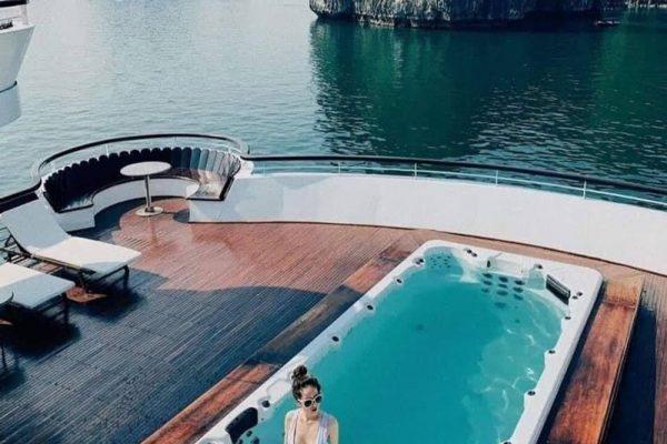 Ambassador-cruises-5-Sao.jpg